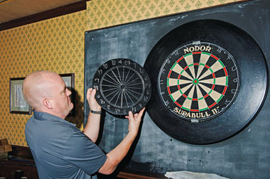 The Manchester log end dartboard
